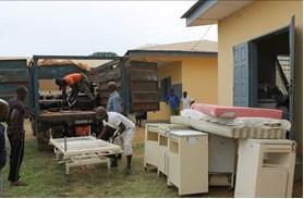 05.04.2015 Dons de materiel à Ombessa